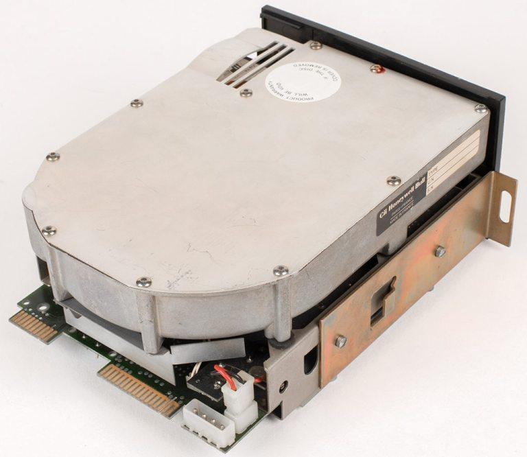 shugart technology st 506 - HDD, SAS, HDD — основные различия накопителей данных