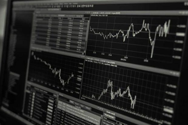 trading chart 620x413 - Бинарные опционы в Гонконге: руководство для китайских трейдеров